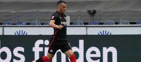 Eintracht-Flügelspieler Filip Kostic überzeugt mit starken Leistungen.