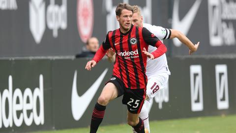 Erik Durm von Eintracht Frankfurt im Testspiel gegen den 1. FC Nürnberg