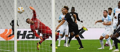 Der Ausgleich beim Spiel Marseille - Frankfurt