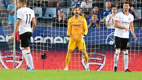 Eintracht Frankfurts Torhüter Kevin Trapp war bedient nach der 0:1-Niederlage in Straßburg.