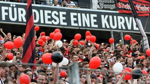 Imago Eintracht Fans Kurve
