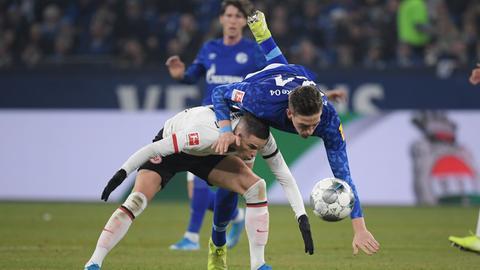 Eintracht-Zweikampf zwischen Gacinovic und Oczipka