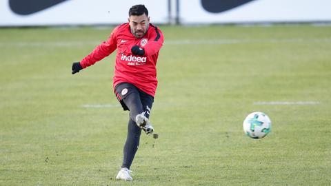 Marco Fabian beim Training