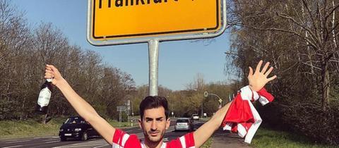 Fake-Fan Alvaro