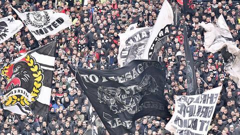 Fans von Eintracht Frankfurt.