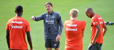Oliver Glasner beim Training von Eintracht Frankfurt