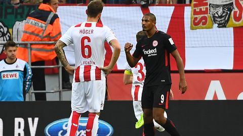 Eintracht-Stürmer Haller jubelt