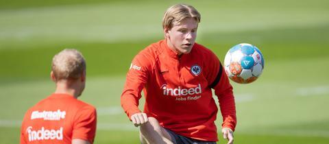Jens Petter Hauge in seinem ersten Training bei der Eintracht