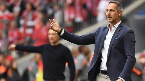 Adi Hütter (Vordergrund) wartet noch auf einen Bundesliga-Sieg gegen Niko Kovac.