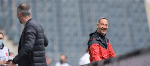 Adi Hütter beim Spiel in Gladbach