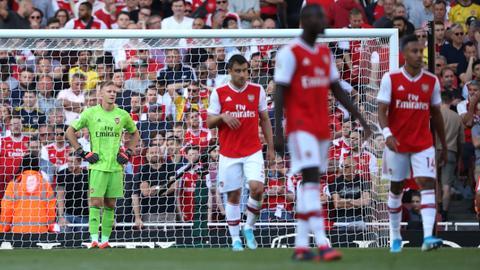 Frust bei Bernd Leno vom FC Arsenal