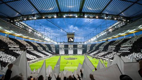 Die Choreo der Eintracht-Fans gegen Chelsea