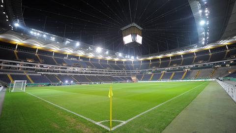 Die leere Commerzbank Arena von Eintracht Frankfurt