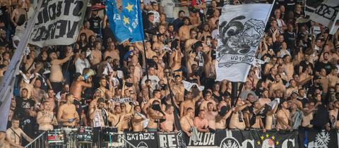 Der Eintracht-Fanblock in Vaduz