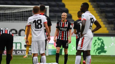 Sebastian Rode (Mitte) ist gegen Mainz on fire.