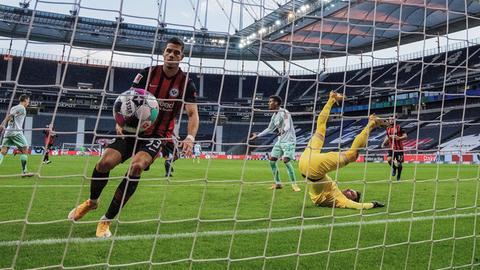 Andre Silva trifft für Eintracht Frankfurt gegen Bremen