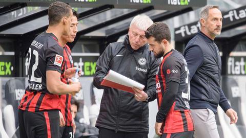 Younes und Chandler von Eintracht Frankfurt