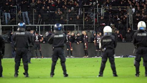 Imago Eintracht Polizei