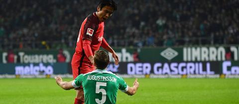 Makoto Hasebe gegen Werder Bremen