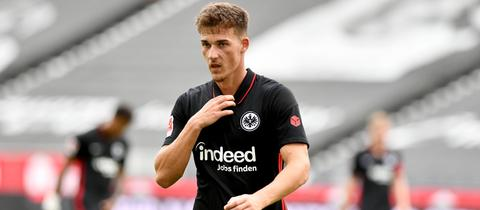 Ajdin Hrustic im Trikot von Eintracht Frankfurt
