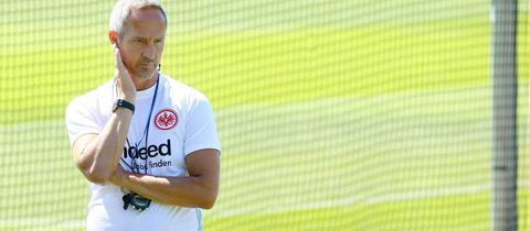 Adi Hütter im Training von Eintracht Frankfurt