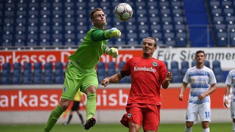 Alex Meier im Spiel gegen Duisburg
