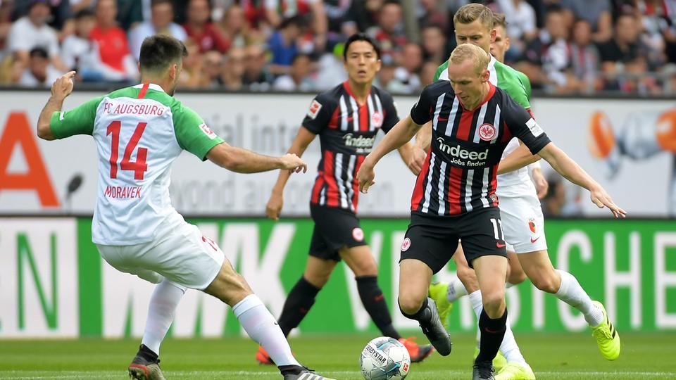 Sebastian Rode beim Spiel der Eintracht in Augsburg