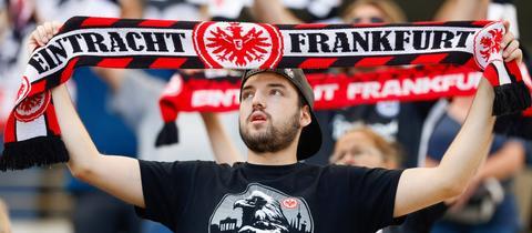 Ein Fan von Eintracht Frankfurt