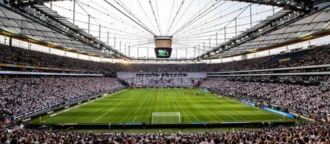 Gewalt Beim Fussball Hessens Stadien Sicher Wie Nie