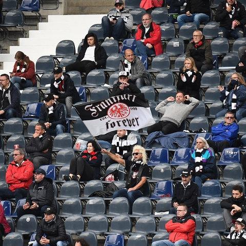 Fans von Eintracht Frankfurt im Stadion