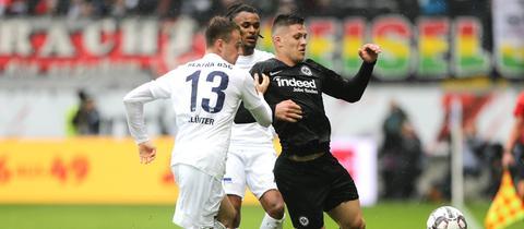 Luka Jovic von Eintracht Frankfurt im Spiel gegen Hertha BSC.