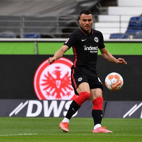 Filip Kostic legte beide Tore gegen Straßburg auf.