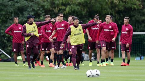Robert und Niko Kovac beim Eintracht-Training
