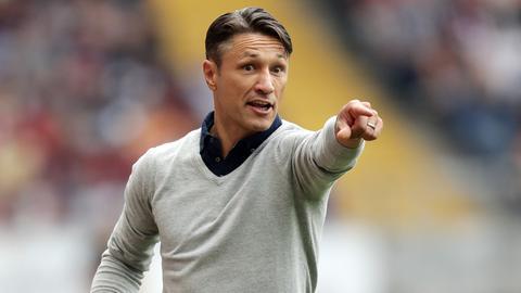 Eintracht-Coach Niko Kovac gestikuliert.