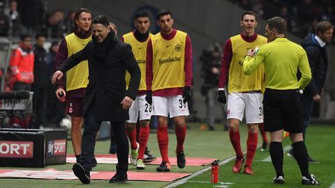 Niko Kovac ärgert sich über Schiedsrichter-Entscheidung