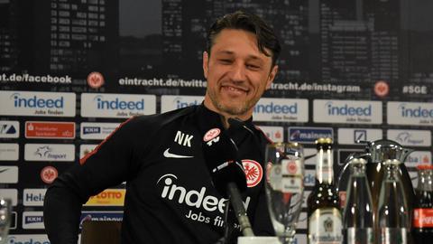 Niko Kovac zeigt sich vor dem Spiel gegen seinen neuen Arbeitgeber Bayern München gelassen.