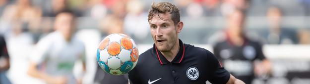 Christopher Lenz muss die linke Seite in Bielefeld ohne Filip Kostic beackern.