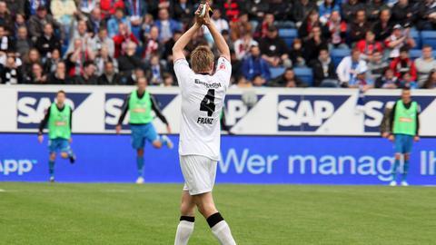 Maik Franz beim Spiel SGE gegen Hoffenheim