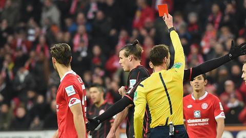 Meier Rot gegen Mainz
