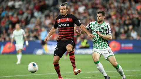 Alex Meier im Trikot der Sydney Wanderers