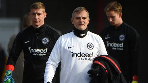 Moppes Petz (Mitte) mit Jan Zimmermann (links) und Frederik Rönnow