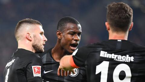 Evan N'Dicka gehört zu den Stabilisatoren des Frankfurter Bundesligisten.