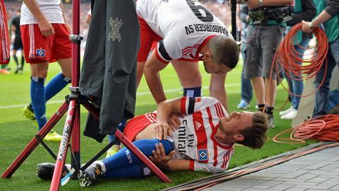 Da war es passiert: Nicolai Müller riss sich am 2. Spieltag beim Torjubel das Kreuzband.