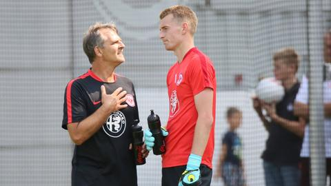 "Manfred ""Moppes"" Petz und Lukas Hradecky"