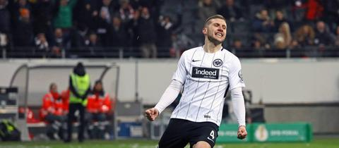 Ante Rebic schoss das erste Tor für die Eintracht im Pokal gegen Mainz.