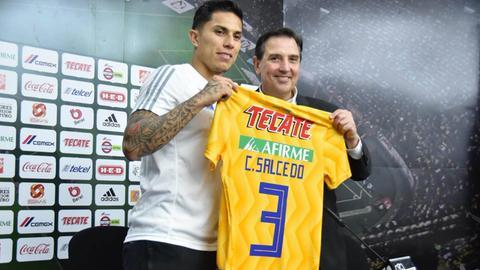 Ex-Eintracht-Abwehrmann Carlos Salcedo wird in Tigres vorgestellt.