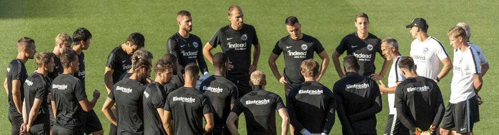 Spieler der Eintracht beim Training