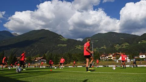 Eindrücke vom Eintracht-Training in Gais