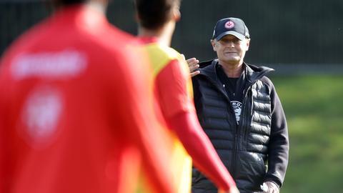 Armin Veh beim Eintracht-Training