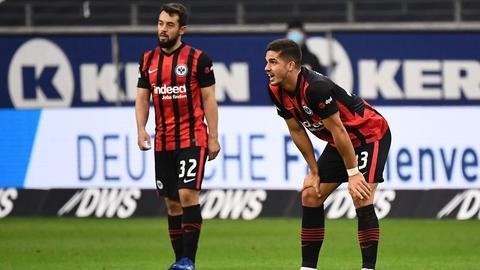 Amin Younes und André Silva von Eintracht Frankfurt